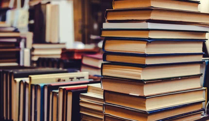 Что читают в Эдукариуме: подборка книг от преподавателей